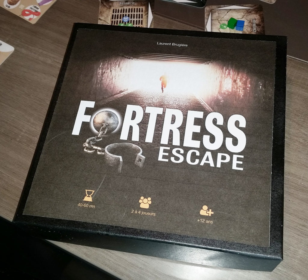 Vue de la boîte de jeu Fortress Escape